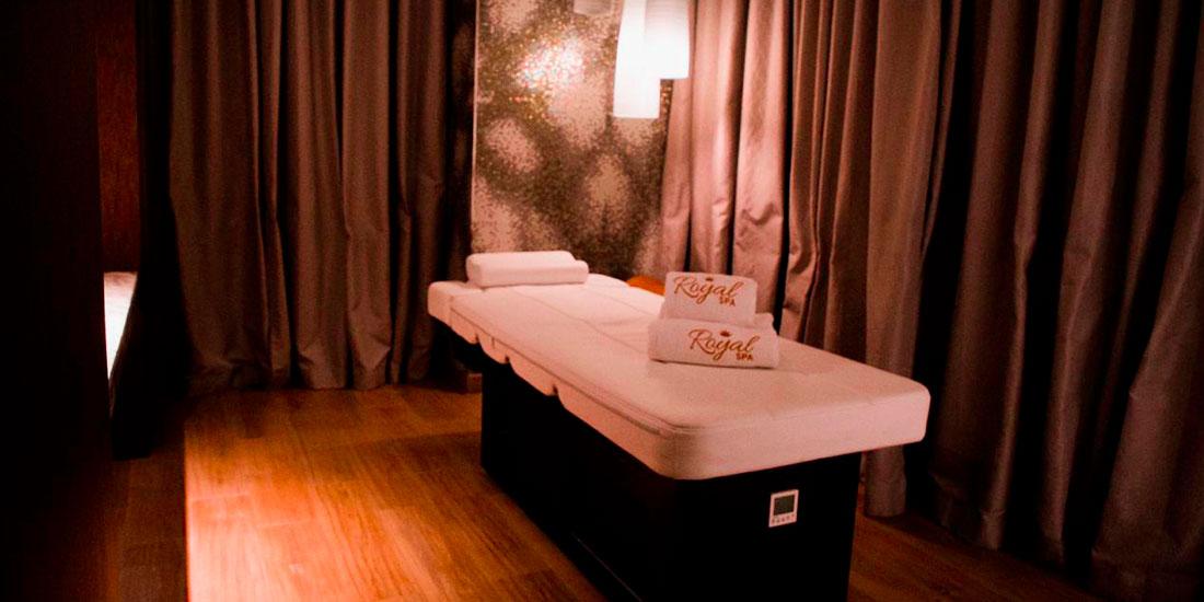 Massage with Dead Sea Wrap